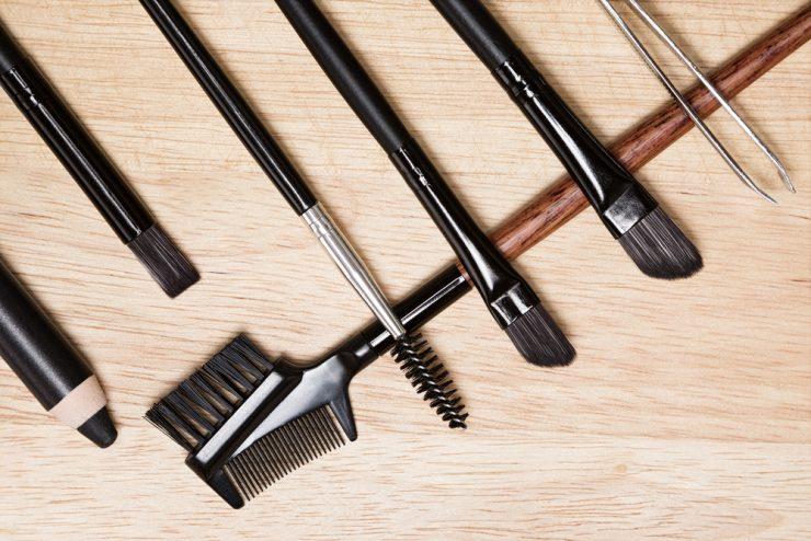 眉毛,工具